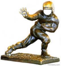 Twinfamy Heisman Trophy