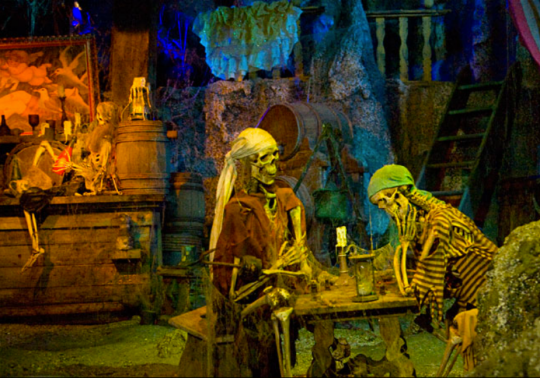 Pirates of the Caribbean Disneyland - Skeletons
