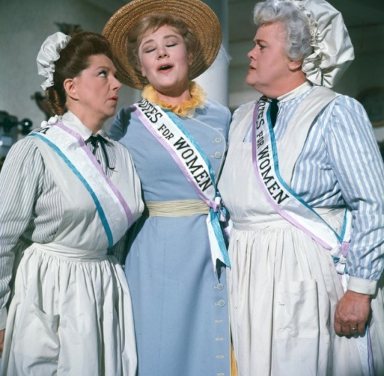 Mary Poppins - Mrs. Banks - Sister Suffragette